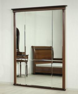 Зеркало в окладе 1650*100*2080 мм.
